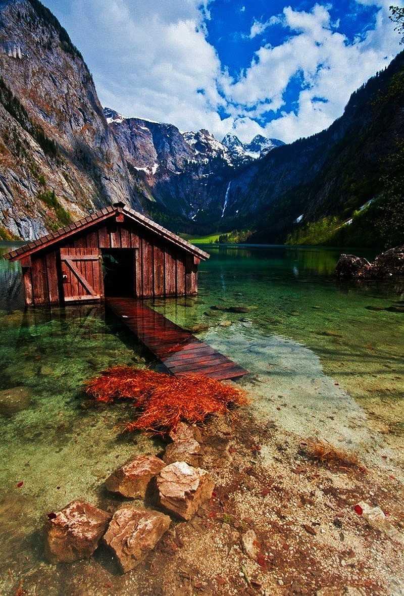 Жуткие и красивые: Очарование заброшенных мест