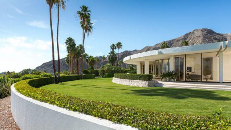 Роскошный дом в Южной Калифорнии, который празднует бесконечное лето