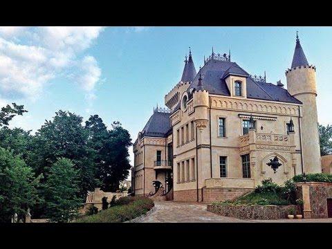 Как выглядит спальня Пугачевой и кабинет Галкина: Редкие фото из замка звездной пары