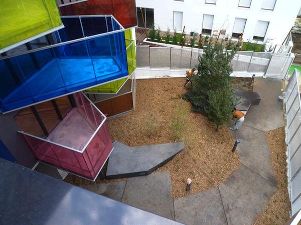 Дизайн на грани фантастики: Церковь в саду и Радужные балконы