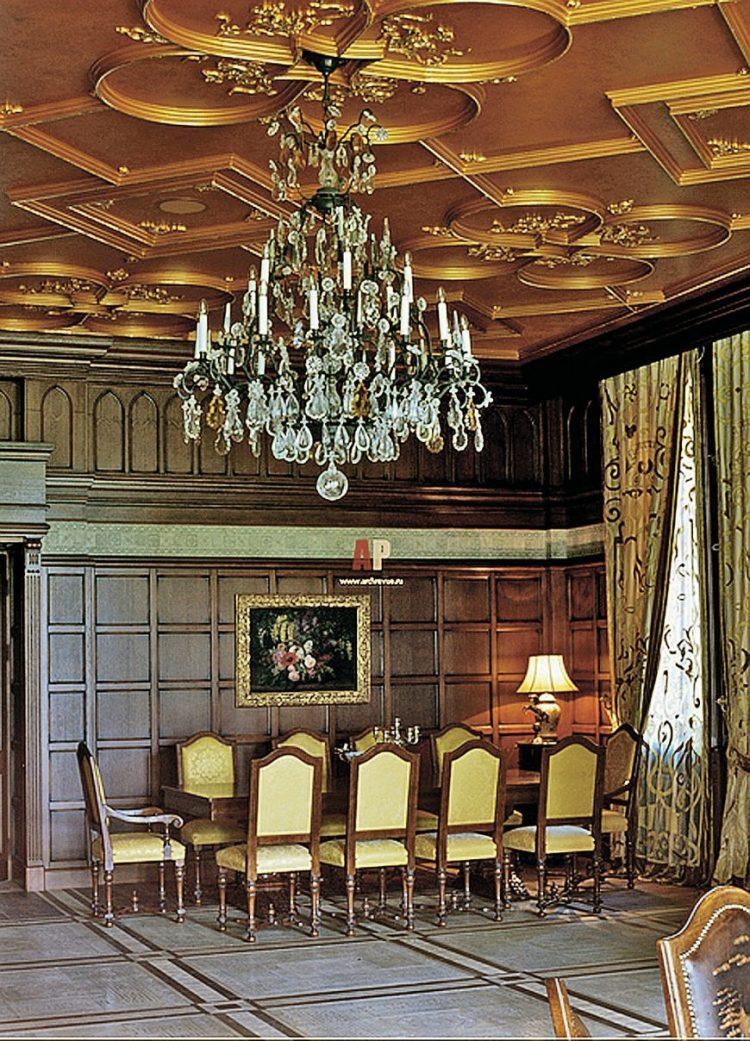 какие потолки во дворце у пугачевой фото нашей фирме