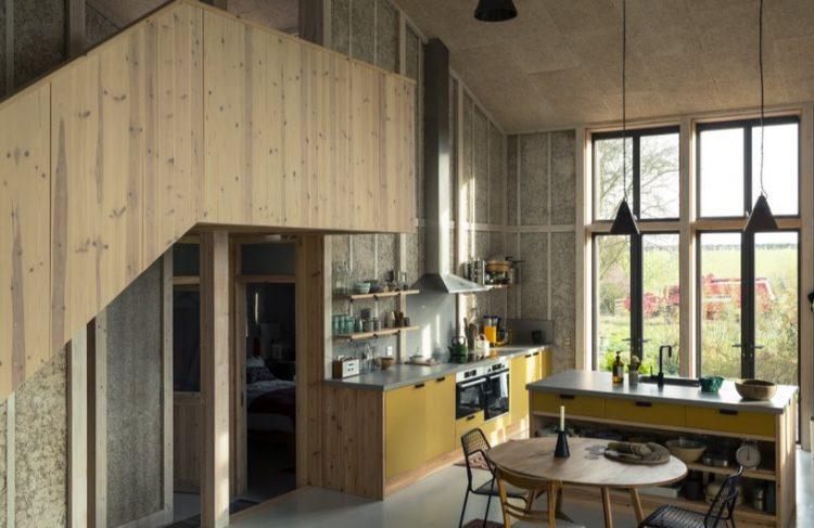 """Лондонское архитектурное бюро построило """"конопляный"""" дом"""