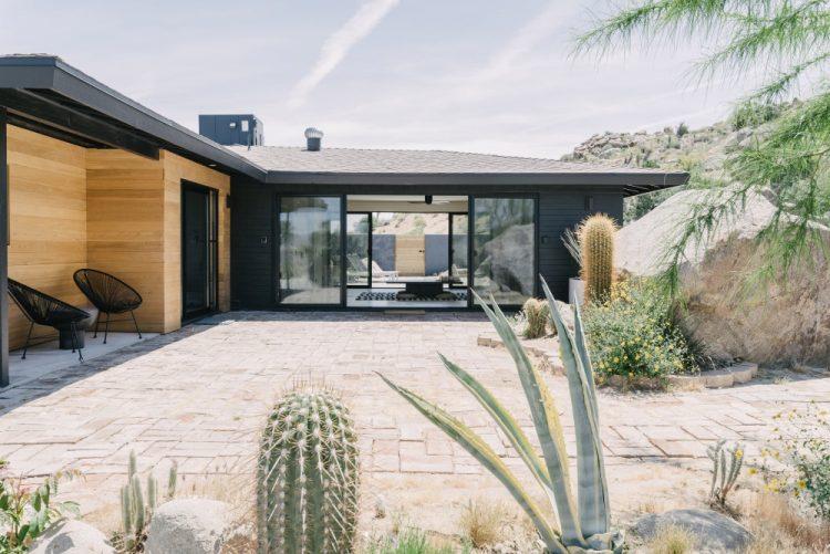 Новый дизайн Villa Kuro в национальном парке Joshua Tree