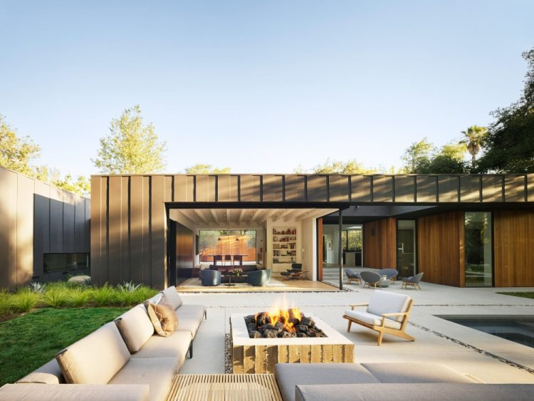 Основатель Assembledge создал для себя необычный дом в районе Голливудских Холмов