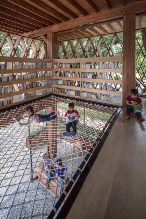 Очень необычная библиотека в Индонезии