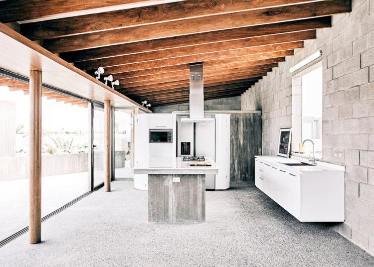 Ghezzi Novak завершила строительство бетонного дома в Перу