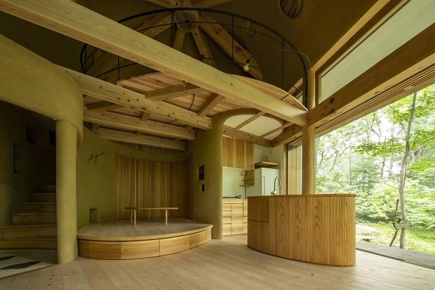 Летний домик в японском лесу
