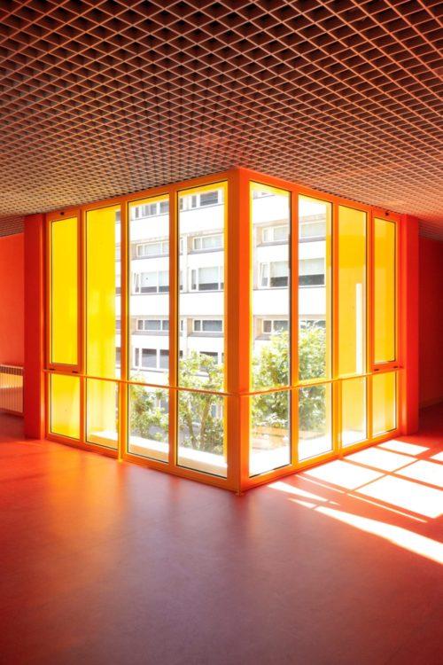 Интересное решение для школы в португальской деревне от Aurora Arquitectos