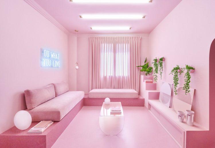Розовые апартаменты Minimal Fantasy в Мадриде