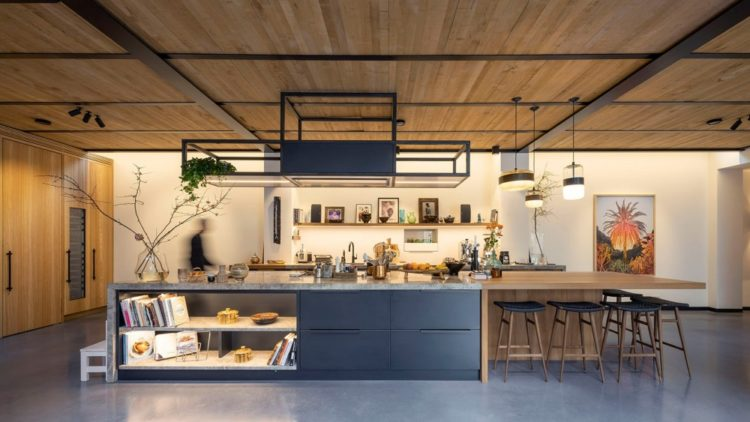 Превращение: старый спортзал в Амстердаме стал апартаментами