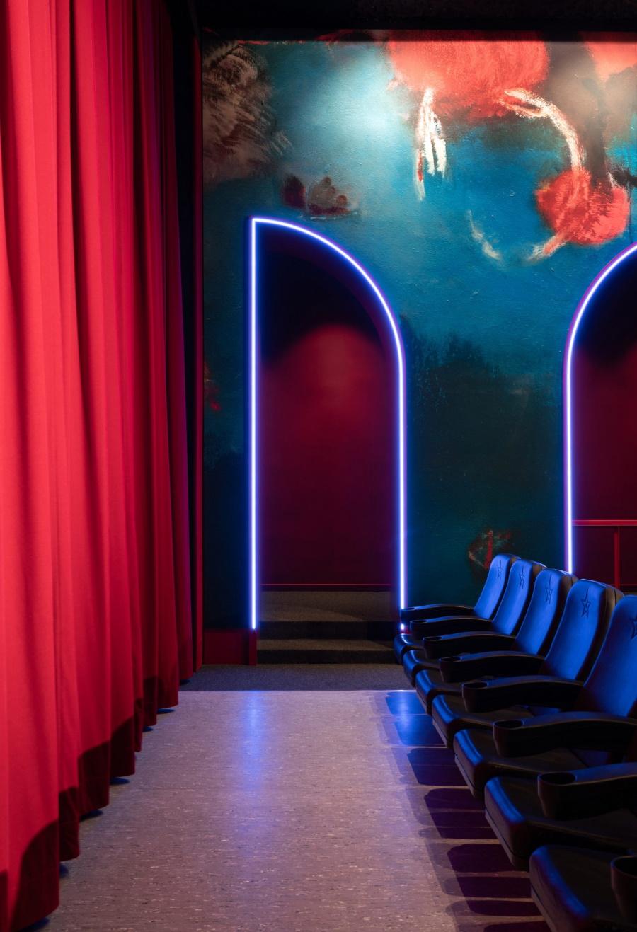 Новая жизнь исторического кинотеатра Blauer Stern в Берлине
